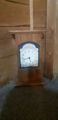 Wooden Clock like new Peterborough, K9J