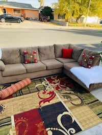 Beautiful Brown Sectional, Free Delivery Las Vegas, 89104