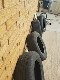 vehicle tire set