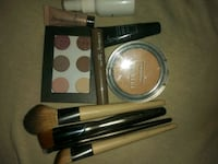 Ulta Beauty Makeup Kit with 4 Brushes Brand New Pittsburgh, 15210