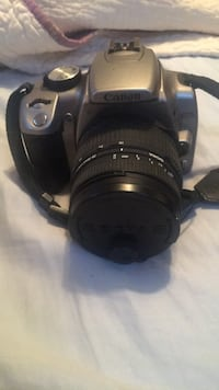 Black canon eos dslr camera (not working)