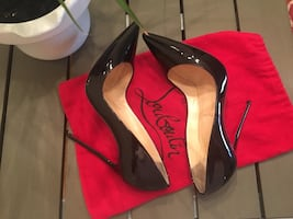 Christian Louboutin So Kate authentic
