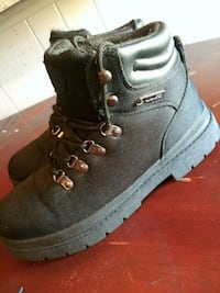 pair of black leather work boots Plano, 75074