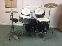Black drum set with gray snare drum Hockessin, 19707