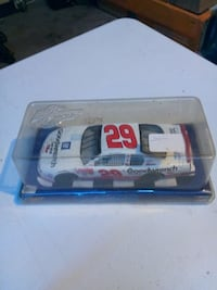 white and red Goodwrench car die-cast pack Hughson, 95326