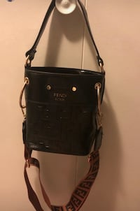 Women purse,brand new.Negotiable Vancouver, V6G 2G1
