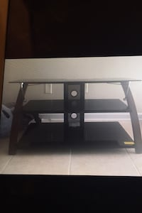Tv Stand Metairie, 70002