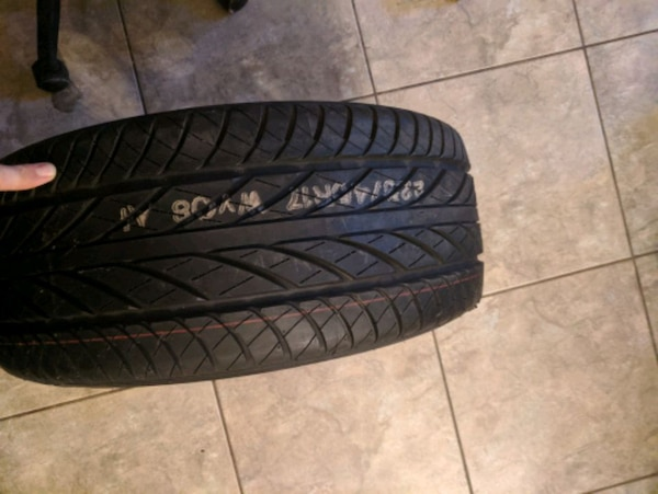 Tire and rim e3e4662a-1799-4f01-ae59-6889258d69b3