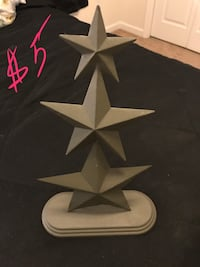 gray Star table decor