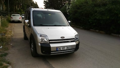 2005 Ford Torneo connect 75 lik 73fd89fe-38c4-4bcd-a59a-24e611269aa0