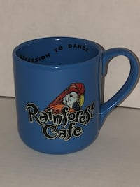 Rainforest Cafe Rio large blue coffee tea cup mug with parrot holds 16 oz Independence, 97351