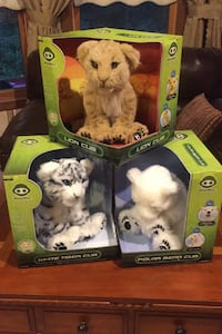 Animated Interactive Plush Animals by Wowwee Bedford, 01730