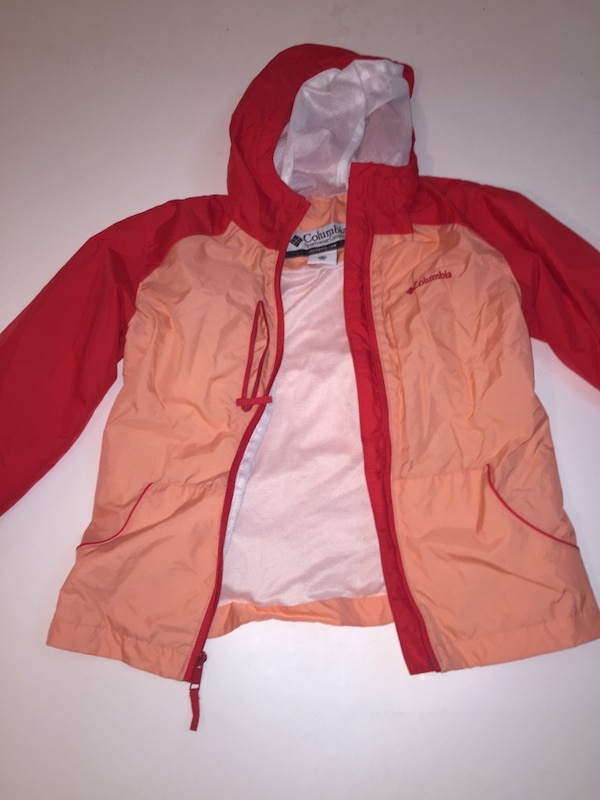 Red and light coral Columbia wind breaker dd3b23f6-abea-481e-8de3-bd0b7678aa21