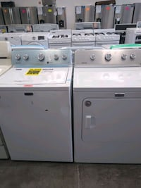 Maytag washer and dryer set excellent condition