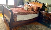 Queen set with mattresses very firm wood , 11415