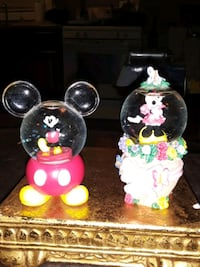 DISNEY'S SET OF WATER GLOBES MINNIE/MICKEY CLEAN M