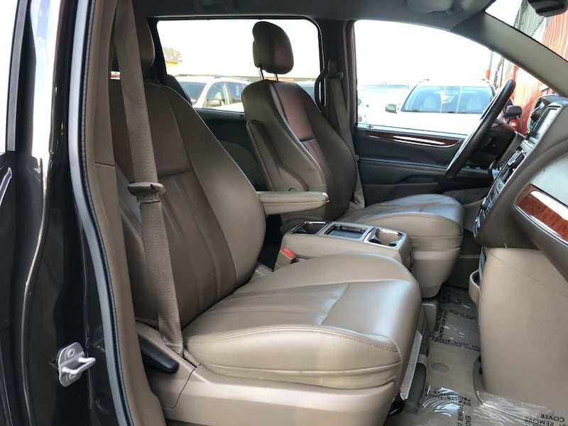 Chrysler Town & Country 2014 21