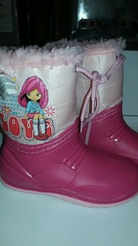 New girl's raining boots size 12 Brampton