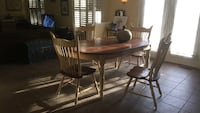 oval brown wooden 5 piece dining set Stafford, 22554