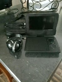 black Nintendo DS with charger Grand Blanc, 48439