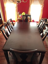 Dining room table with leaf Gaithersburg, 20879