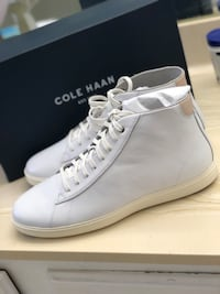 Cole Haan leather sneakers size 11 2269 mi