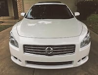needs nothing Nissan Maxima loaded 19MPG Little Rock
