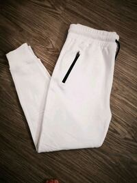 New 2 pairs Mens Large White Joggers  Winnipeg, R3N 2A7