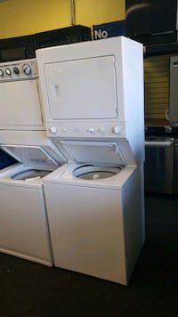 """GE 27""""wide electric laundry center in excellent co Randallstown"""