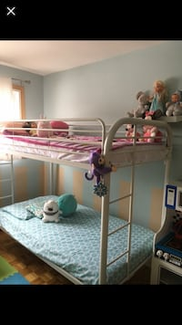 white and pink floral bed frame 799 km