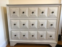 Off-white dresser with distressed wood. Beautiful and like-new condition! New York, 10009