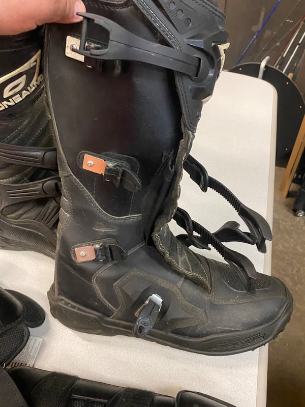 Oneal MX Mens Sz14 Riding Boots With Thor sector knees protection 6c0cab89-f24d-4cf0-8aa4-f2e06ba3f846