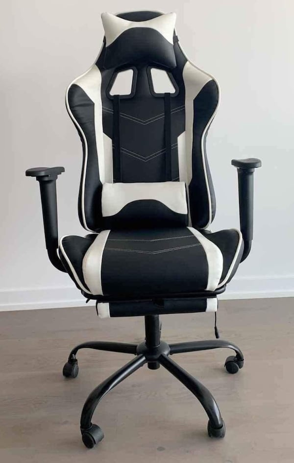 Massage Office Game Chair With Leg Rest Black/White Colors Brand New 4c1a422a-4601-49e5-8f40-9356defac0ab
