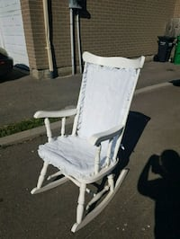 Rocking chair (see photos) Mississauga, L5V 3E4