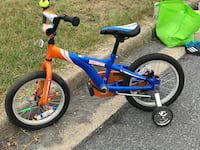 Blue and orange Schwinn bicycle with training wheels for 3 to 5-year-olds North Potomac, 20878