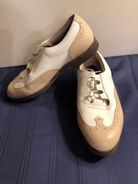 FootJoy Europa Collection Women's Leather Wingtip Spikes Golf 99283 Size 9M 458 mi