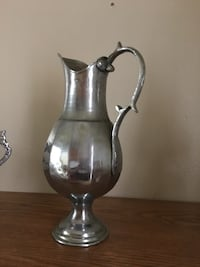 gray stainless steel pitcher and bowl New York, 10027