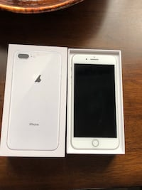 silver iPhone 7 plus with box Inwood, 25428