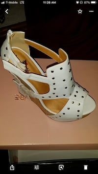 White wedge with gold studs. New Size 7 1/2 Fort Hood, 76544