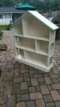 Pottery Barn child's Bookshelf/Doll house