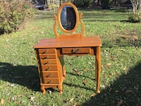 brown wooden desk with hutch 34 mi