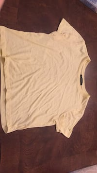 Bright yellow crop top tee Blainville, J7C 4X9