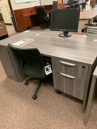 Grey Straight Office Desk  Tigard, 97223