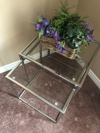 X3 Small side tables (one is missing on the picture)