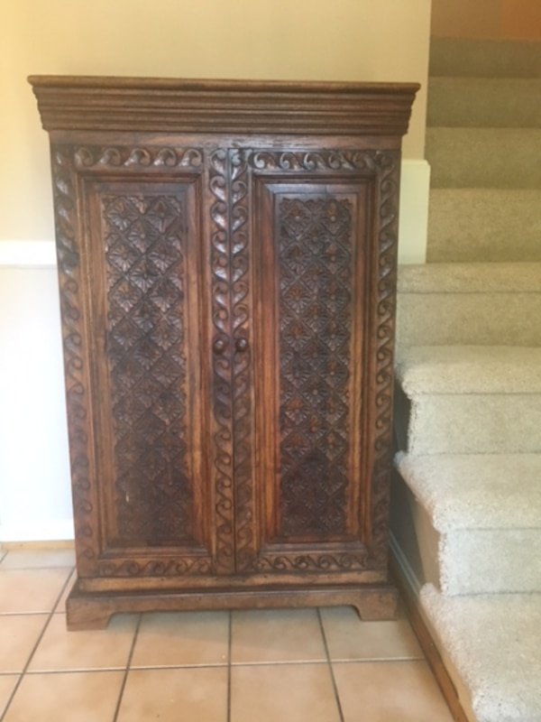 Wood Hutch with multiple shelves - great in foyer