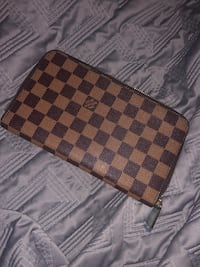 Louis Vuitton wallet  Markham, L6E 1L9