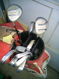 Golf clubs and bag Halton Hills, L7G 6L8