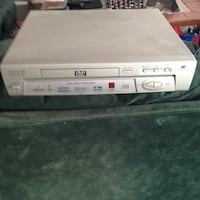White dvd player with remote London, N6G