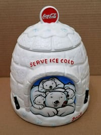 2005 Coke igloo cookie jar  Hagerstown, 21742