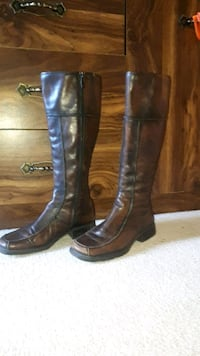Beautiful brand new size 38 womans boots Surrey, V3T